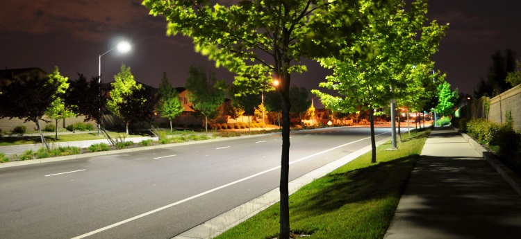 LED street lights compared to conventional street lights in Sacramento County